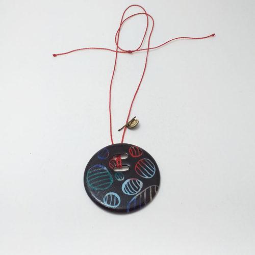 pendentif rond en porcelaine de Limoges, collection carte à gratter