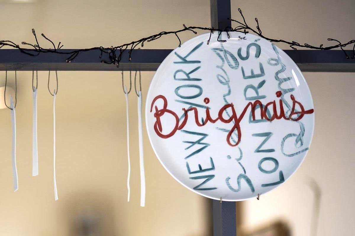 plat gateau graphique thème la ville de Brignais bleu corail
