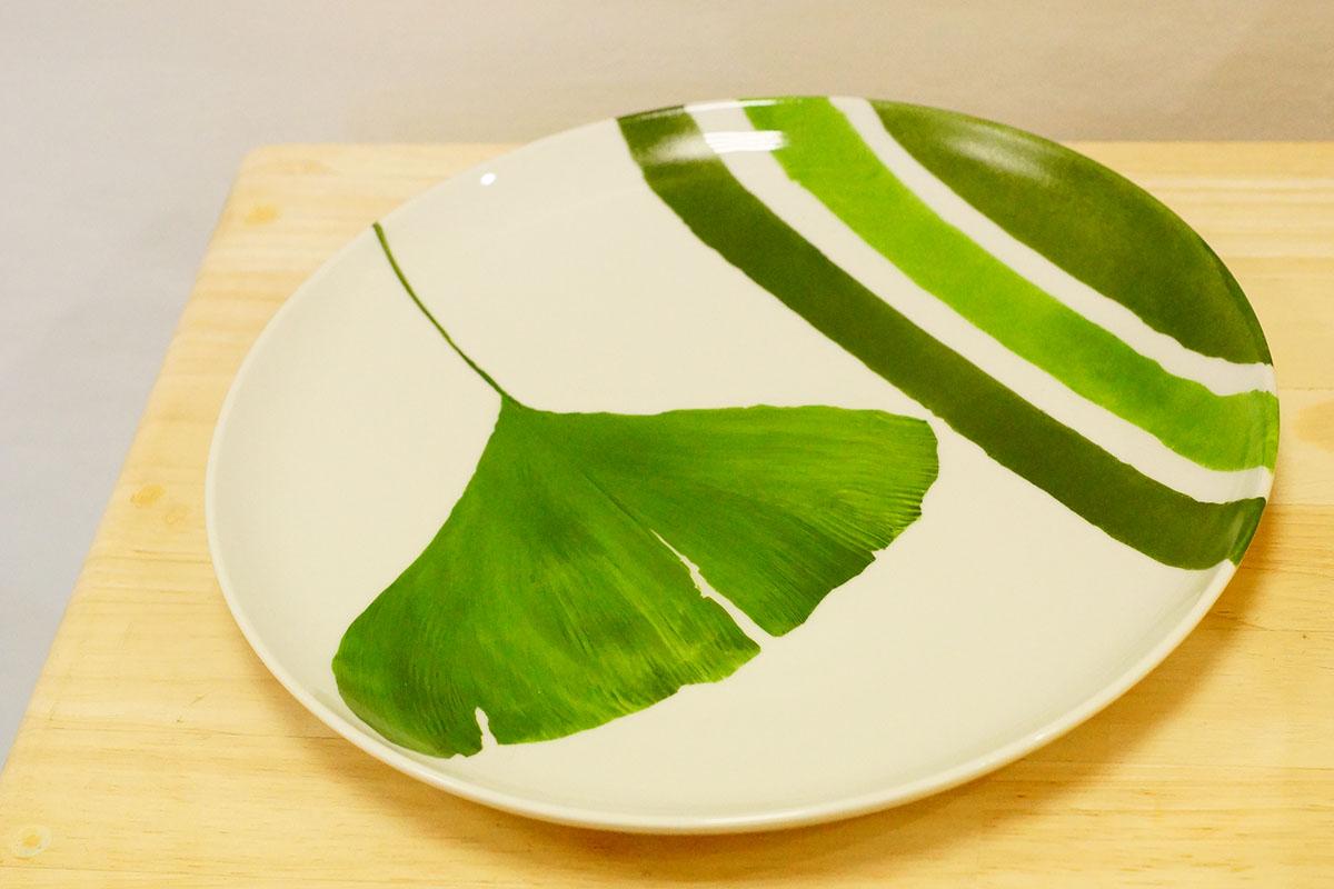Assiette-porcelaine-feuille-artisanatdart