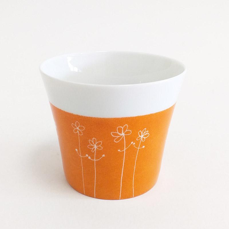 Pot ou coupelle en porcelaine, collection bucolique. Peint à la main. Mandarine