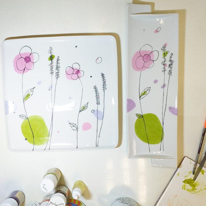 plat réalisé lors d'un cours de peinture sur porcelaine