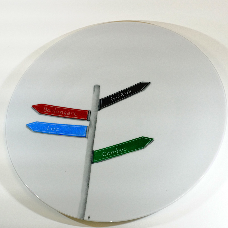 plat à tarte en porcelaine peint à la main, personnalisation des noms de pistes de skis