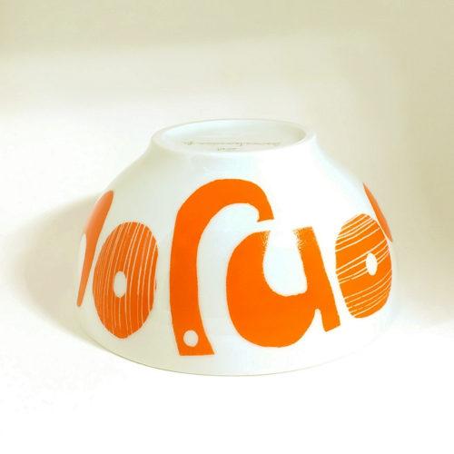 bol en porcelaine peint à la main message graphique Bonjour mandarine, signée