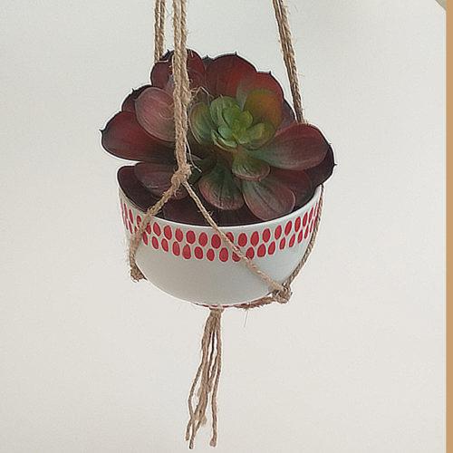 Bol en porcelaine, collection fil rouge, peint à la main. Suspension pour plante