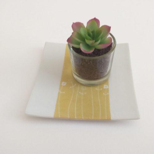 assiette à pain vert anis, collection bucolique peinte à la main