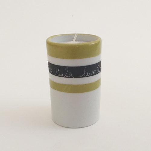 Bougeoir en porcelaine message et graphique. Noir mat et anis, peint à la main