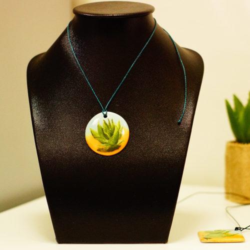pendentif rond en porcelaine, collection cactus, peint à la main