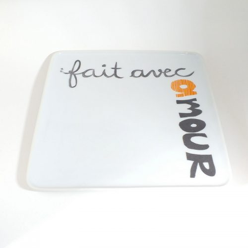 plat carré en porcelaine, message d'amour peint à la main