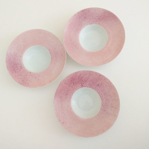 trio de coupelles rondes en porcelaine, peint à la main