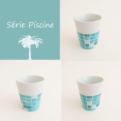 Gobelet ou tasse en porcelaine collection Aquatic, série Piscine. Peint à la main