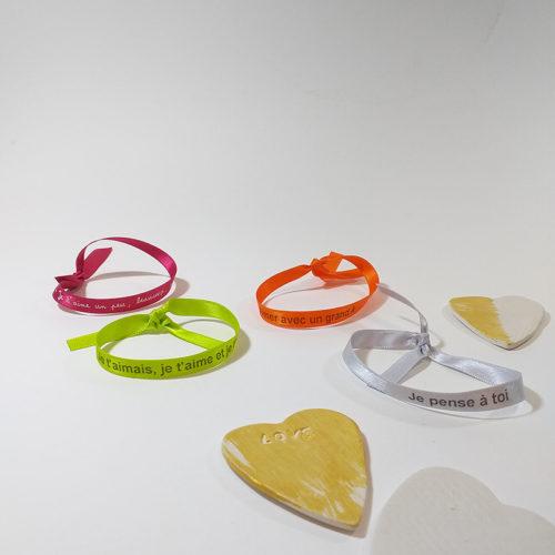 Bracelet ruban avec message d'amour fabrication française