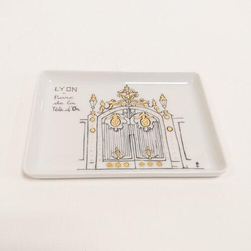 plat en porcelaine, ville de Lyon, parc de la tête d'Or. Peint à la main
