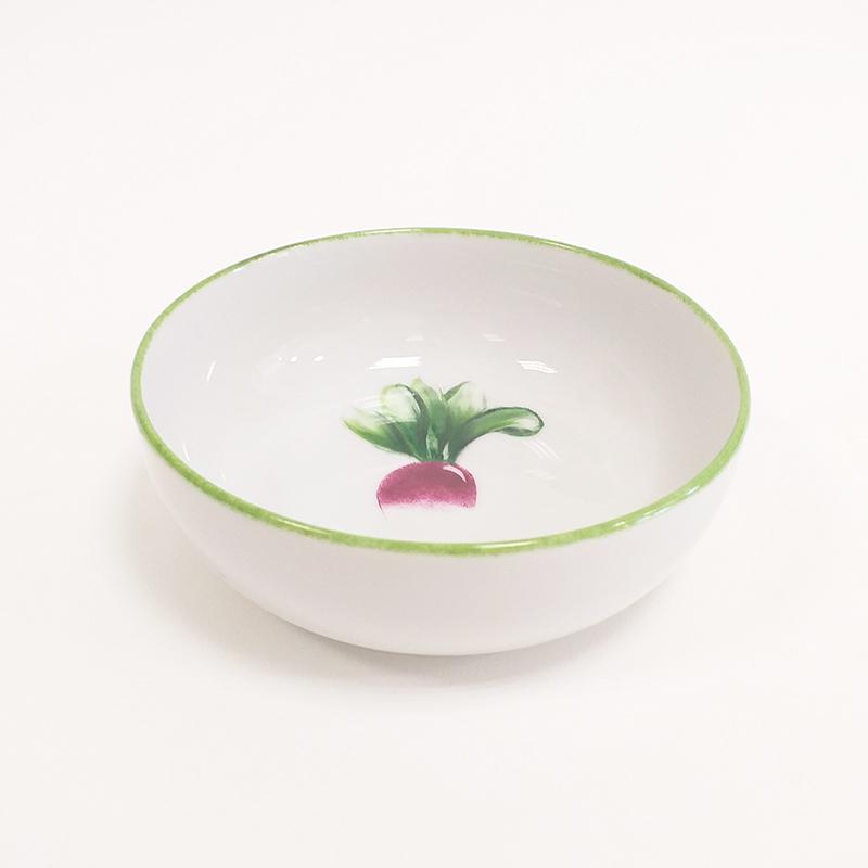 Coupelle en porcelaine, collection potager. Peint à la main. Motif : radis, bordure verte