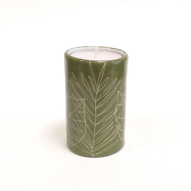 Bougeoir Cylindrique couleur Terre verte, collection Chlorophylle, peint à la main B