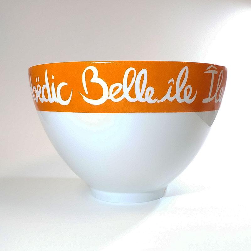 Grand saladier en porcelaine personnalisé, noms des iles bretonnes