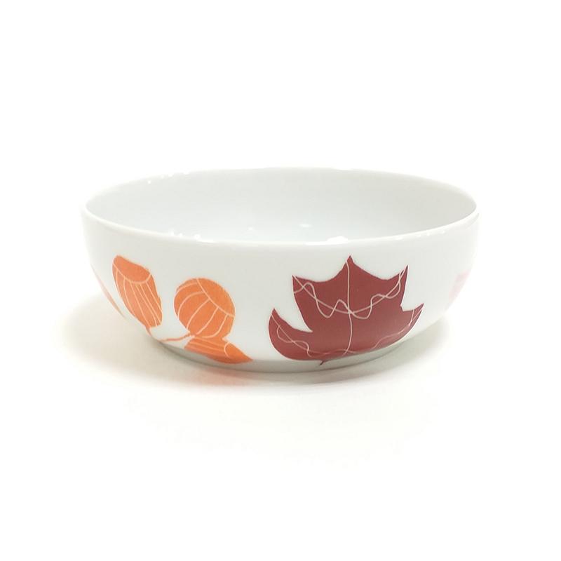 coupelle en porcelaine 13, chlorophylle d'automne, peint à la main : petit champignon