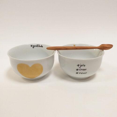 """Coupelle ou bol à céréales en porcelaine, collection """"Fais un voeu"""". Peint à la main à l'atelier de Brignais"""