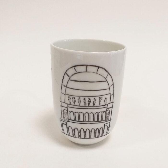 Mug en porcelaine de Limoges- Hommage à Lyon opéra, peint à la main