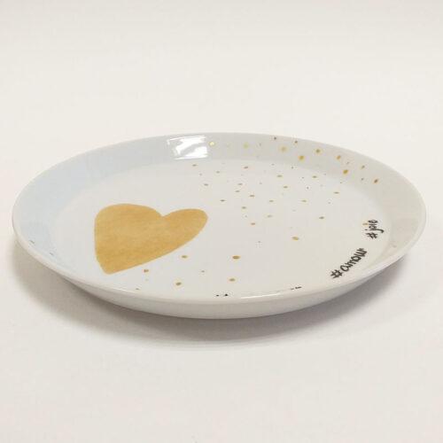 Plat à gâteau en porcelaine, gros coeur doré et message. Collection Fais un voeu. Peint à la main