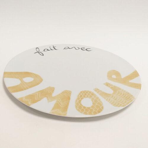 """Plat à tarte en porcelaine, collection Amore. """" Fait avec AMOUR"""". Peint à la main"""