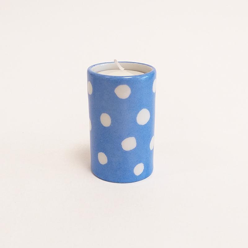 """Bougeoir cylindrique en porcelaine, collection """" Fifty's"""" - Paint à la main. Bleu outremer à pois"""
