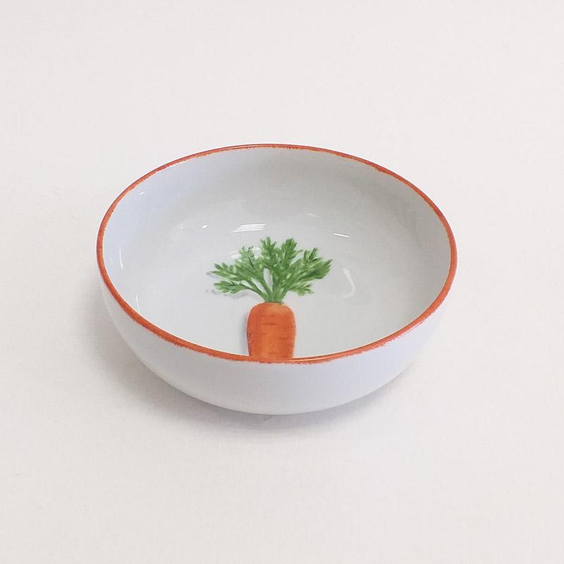 Coupelle en porcelaine, collection potager. Peint à la main. Motif : carottes