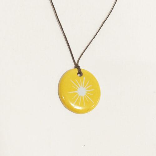 Collection Solaire, bijoux de porcelaine : pendentif Jaune